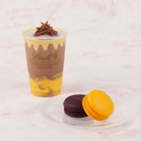 ミルクチョコレートマンゴーアイスドリンクとデリースマンゴー