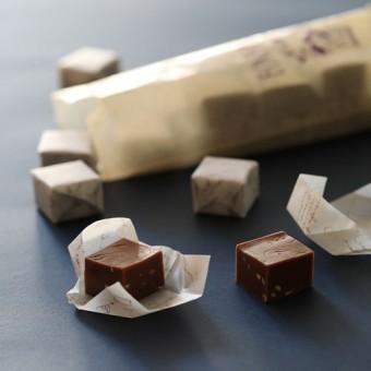 ヘーゼルナッツ・チョコレート・キャラメル